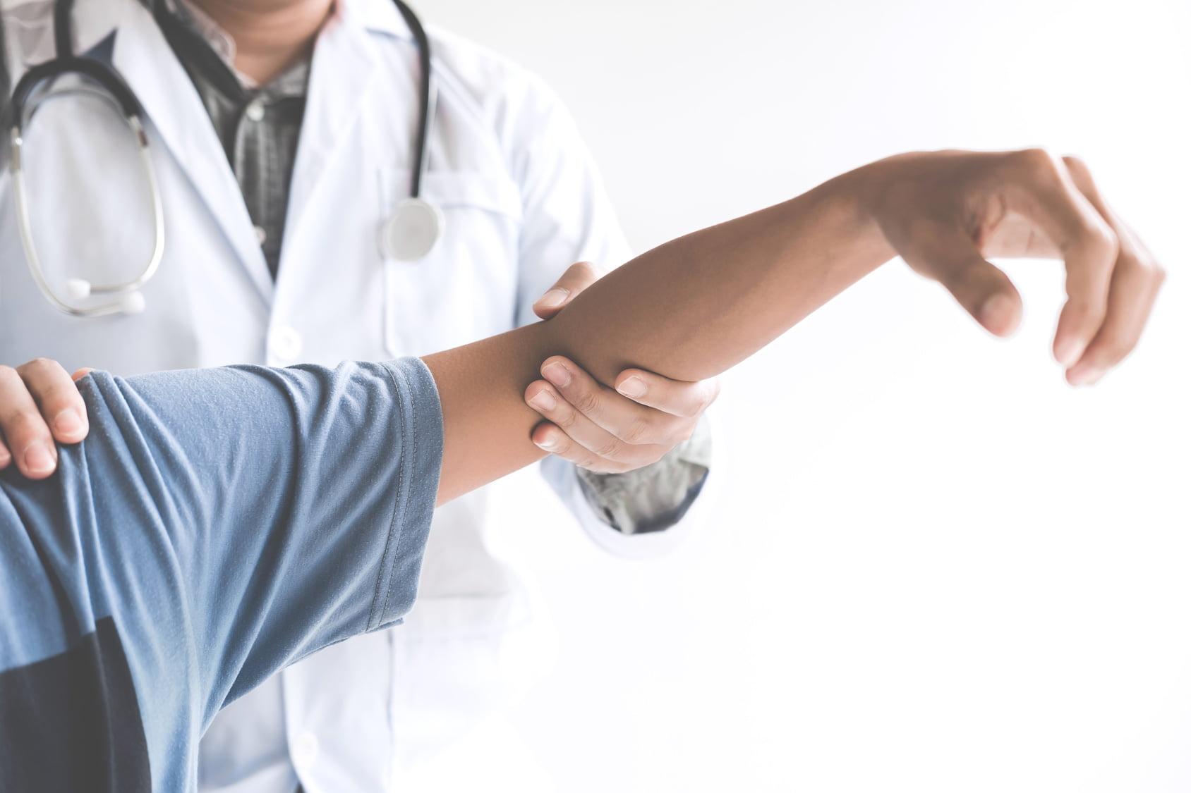 Stłuczenie mięśnia – jak je rozpoznać, reagować i leczyć?
