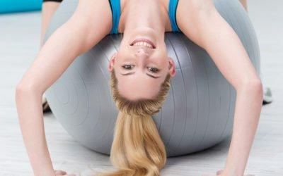 Pokonaj ból pleców!  cz. 1: Plecy okrągłe – ćwiczenie rozciągające