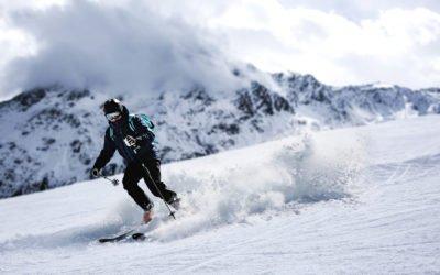 Bezpieczny wyjazd na narty – jak uniknąć kontuzji?